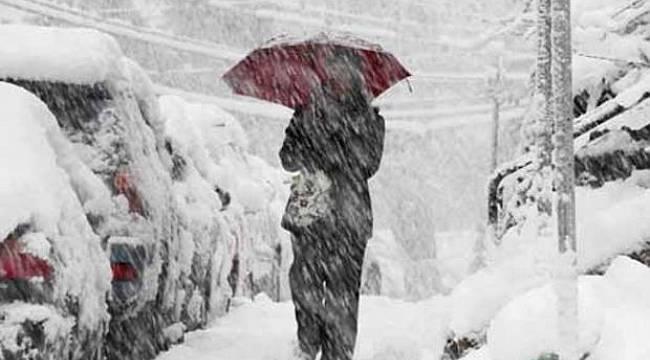 Kara kış bastırdı: YOĞUN KAR yağıyor