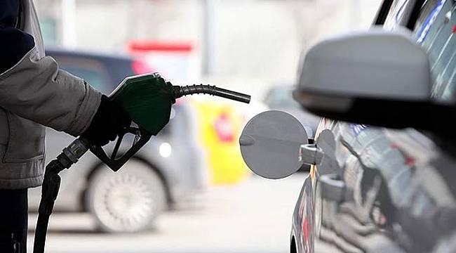 Benzin ve motorin fiyatına yine ZAM GELİYOR