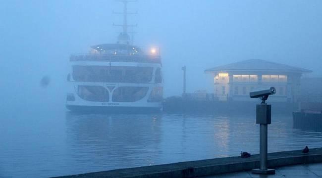 Deniz ulaşımına sis engeli: Tüm seferler iptal