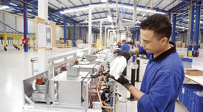 Sanayi üretimi yüzde 7.3 düştü