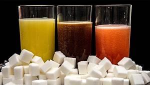 Tüketiciler dikkat, çok şekerli içecek tüketiyormuşuz