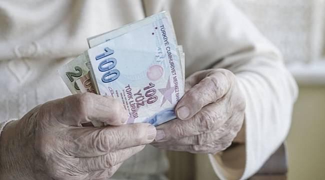 Paralar bugün emeklilerin hesabında olacak!