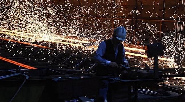 Türkiye ekonomisi ilk çeyrekte yüzde 2.6 küçüldü