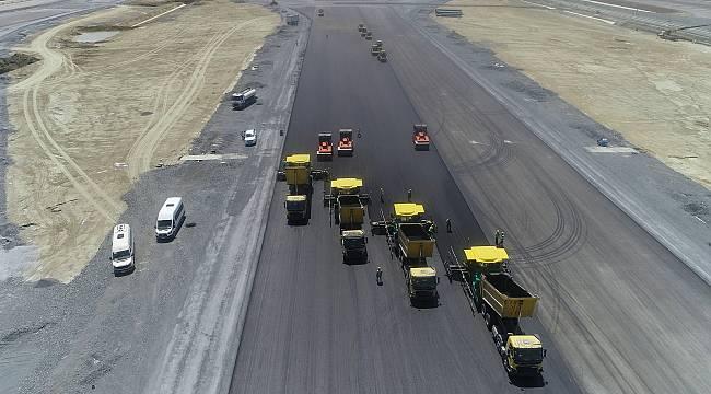 İstanbul Havalimanı'nın 3. pist hazırlıkları sürüyor